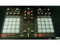 Hercules 32 dj mixer
