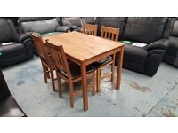 Ex Display Julian Bowen Coxmoor Oak Dining Table & 4 Chairs **CAN DELIVER**