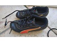 Boys Puma Football Boots Size 13
