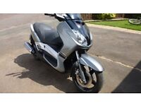 Yamaha 250cc Super scooter maxiscooter XMAX YP