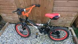 Boys bike to suit 5-6 year old