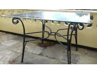 Glass-topp table with metal frame and 4 folding metal chairs