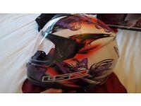 Ladies motorbike helmet