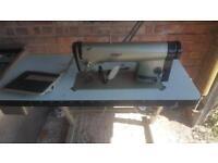 BARGAIN INDUSTRIAL SEWING MACHINE SPARES OR REPAIRS £50
