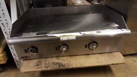 """APW WYOTT ELECTRIC GRIDDLE 36"""" 90CM BURGER GRIDDLE WITH THERMOSTAT AMERICAN"""