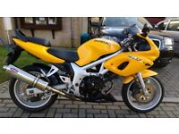 Suzuki SV650S, 1999 in great condition. Low miles for year