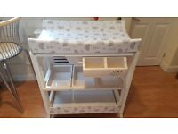Baby changing station with bath. Very good condition