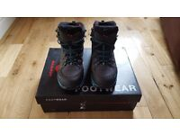 FOR SALE: Womens Mammut UK 6.5 walking boots