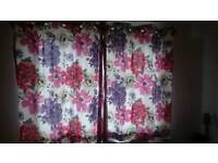 Curtains pink/purple/red flowers
