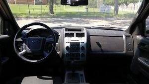 2009 Ford Escape XLT 4x4!! Low Monthly Payments!! Apply Now!! Edmonton Edmonton Area image 11