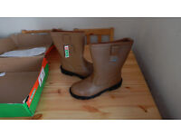 Mens Steel Toe Cap work boots, Rigger Boots - size 11