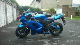 Kawasaki ninja zx6r p8 blue