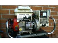 Honda g28 generator in good conditionCan deliver or post!