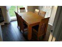 Extending Solid Oak Dining Table with 6 Chairs