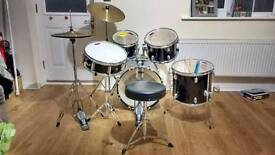 Mapex Tornado drum set 18 inch for younger drummers