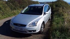 Ford focus estate ghia 1.8 petrol FSH 2 previous keepers excellent throughout