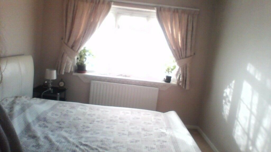 Large double Room in KINGSTON KT2 for rent