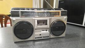 Hitachi TRK-7011E Stereo Radio Cassette Recorder Boombox Ghetto Blaster £50 OVNO