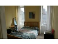 Edinburgh Festival Let Central location Nice Large room August £320 per week or £1000 for August