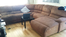 L-Corner chaise couch (Best offer secures