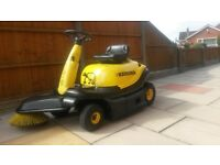 Karcher sweeper, driveway, tennis court, yard, garden, warehouse