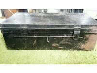 Metal trunk late 40s