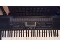YAMAHA PSR-420 KEYBOARD PIANO, CARRY BAG,STAND