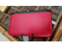 Nintendo 3DS XL RED 2GB - With Charger excellent condition