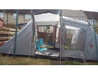 Halfords Urban Escapes 4 man tent pack