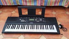 Electronic Keyboard Yamaha EZ-220