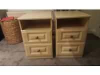 2x bedside cabinets for sale - Excellent condition