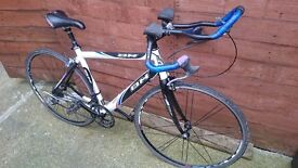 Triathalon bh racing bike