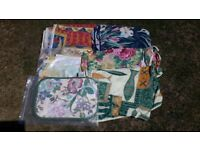 10 x New Garden Table Tablecloths & 4 Placemats