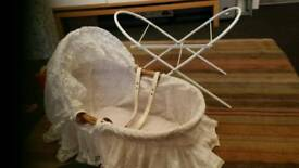 Dolls moses basket & stand