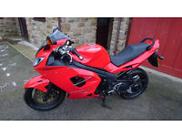 FOR SALE TRIUMPH SPRINT 1050 ST 2010 IN VERY GOOD CONDITION