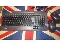 IBM UK USB Keyboard 19K1795 & USB Optical Mouse x2 MO28UO