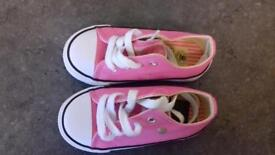 Dunlop shoes size 7 brand new