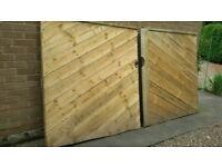 New Pair Wooden Gates 1500 x 1603