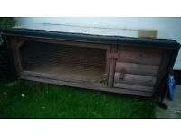 Rabbit/guinea pig hutch with cover and run