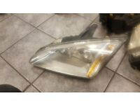 2007 FORD FOCUS PASSENGER NEAR SIDE HEAD LIGHT COMPLETE