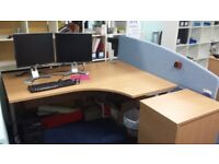OFFICE DESK WITH DIVIDER BOARD AND DESK DRAWS