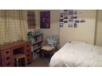 Lovely double room to rent in centre of Chichester