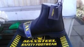 Maxsteel black dealer safety boots sizes 7,8,9,10,11 and 12 steel toe