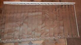 VERTICAL WINDOW BLINDS 165cm x 88cm