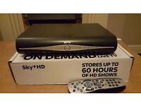 SKY PLUS + HD BOX WIFI - REMOTE + CABLES + BOXED