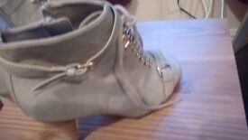 Dorothy Perkins boots size 4