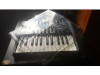 Arturia Minibrute Analogue Synthesiser