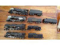 Vintage HO American Trains x 4 Reasonable condition needs nice paint job