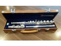LARK M4006 Silver Tone Flute with Hard Case For Sale.