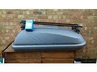 Halfords 250L roof box